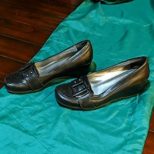 Marc Fisher Leather Shoes - Size 8.5